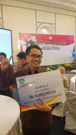 Prof. Muhamad Syukur of IPB is the Lecturer of the Year of Indonesia for 2014