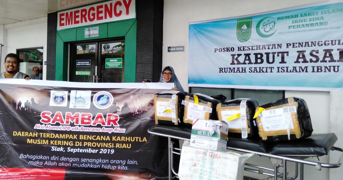 IPB University Alumni Donate 2000 Masks, 100 Oxygen Tanks and Drugs for Riau Smoke Victims