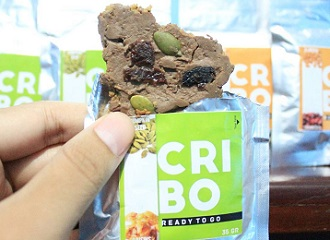 """""""Cribo"""",   Cricket-based Snack Bars for Athletes"""