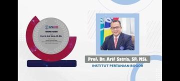 Rector of IPB University Received Award from USAID and Kemendikbudristek RI